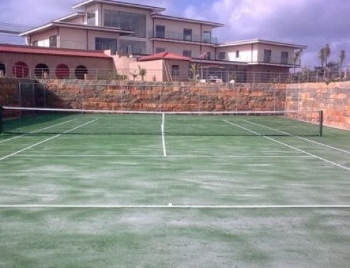 Artificial grass tennis court, in Silves